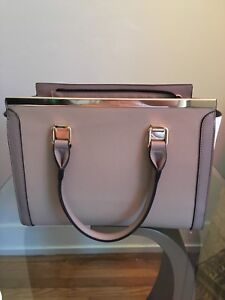 Brand new purse for sale!