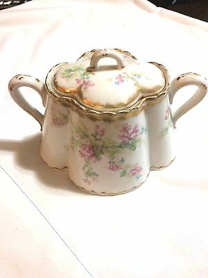 Beautiful Vintage Haviland Limoges Covered Sugar Bowl With Pink Roses Gold Trim