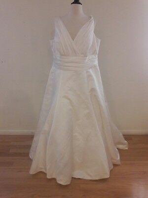 Davids Bridal Oleg Cassini 24W Satin Ivory Wedding Dress 8Cd278 Sleeveless