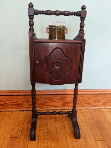 VINTAGE SMOKING TABLE STAND CABINET COPPER LINED HUMIDOR W DOOR