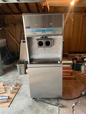 Taylor 8756 Soft Serve Ice Cream Yogurt Machine 3-phase Air Cooled