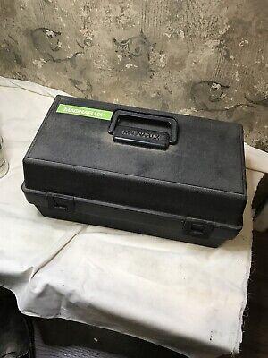 Magnaflux Spotcheckmagnaglo 8 Aerosol Can Carrying Case Black Plastic 8 Oz Cans