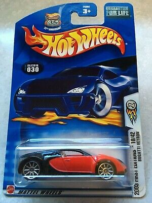 2003 Hot Wheels  BUGATTI VEYRON #30 First Editions 18/42 Red/Black - PROTECTO!