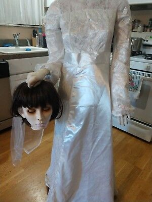 Gemmy LIFE SIZE Beheaded/Headless Bride Animated Halloween Prop Animatronic   - Gemmy Halloween Life Size