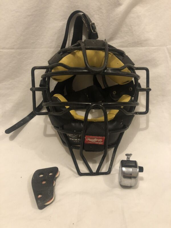 Rawlings Umpire Mask PWMXJ, Pitch Counter, And Ball/Strike Keeper