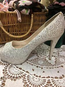 Gorgeous white sparkly heels Waratah West Newcastle Area Preview