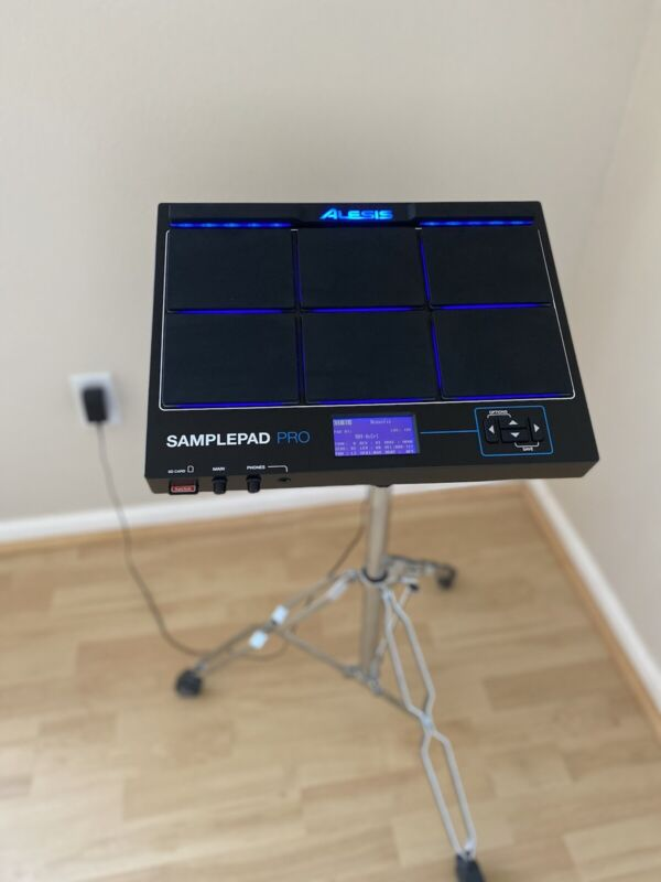 Alesis Samplepad Pro Percussion Pad + Gibraltar Mounting Stand + 32GB SD Card