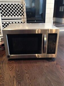 Oven & Microwave all in one!