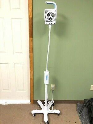 Welch Allyn Gs600 General Exam Light And Stand