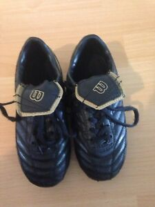 Wilson toddler size 11 soccer shoes