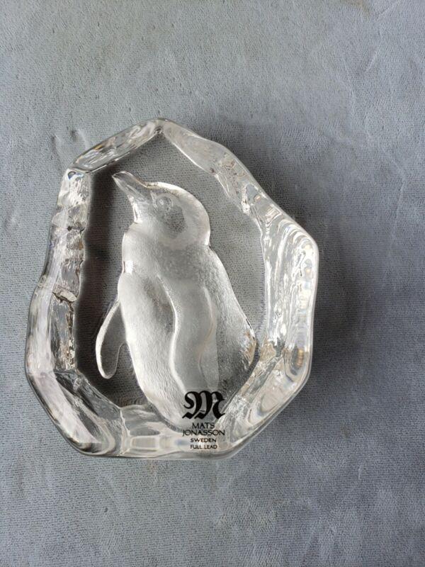 Mats Jonasson Sweden lead crystal Penguin figurine art glass signed