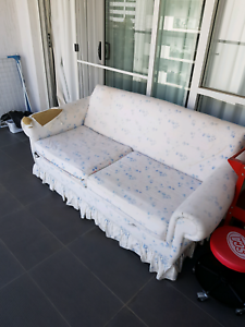 Sofa fold out bed Belconnen Belconnen Area Preview
