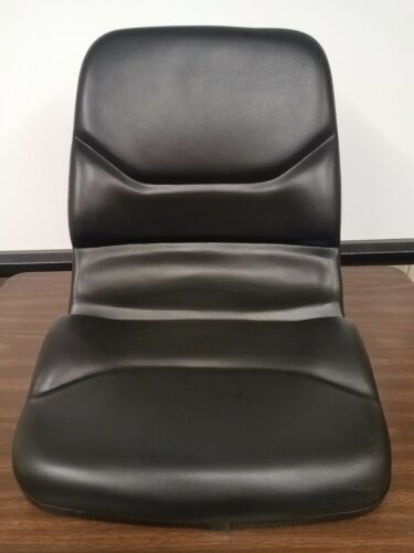 Forklift seat to fit Yale no adjusters