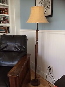 2 lamps-1 floor and 1 table lamp