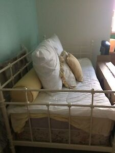 Single day bed frame for sale