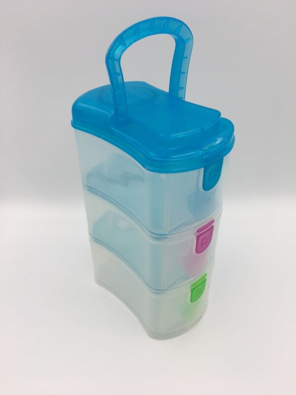 Munchkin Formula Dispenser Stacking Snack Box Handle on Top 3 Compartment