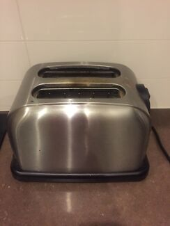 Various pans, glasses, baking dishes, toaster East Brisbane Brisbane South East Preview