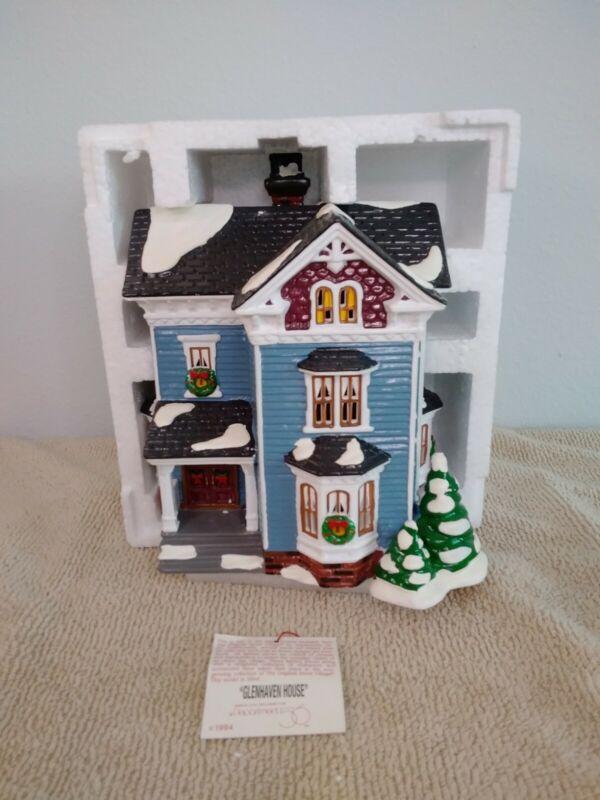 Original Snow Village Dept 56, Glenhaven House #54682,  Retired, Original Box.