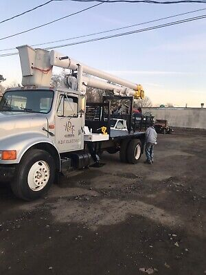 Sky Worker 6945-c Crane Aerial Lift Boom Bucket Hydraulic Unit Setup Great Shape