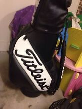 Titleist staff bag Wattle Grove Liverpool Area Preview