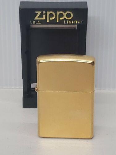 ZIPPO LIGHTER UNLIT SEALED gold dust - 2003 MADE IN USA