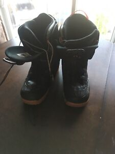 Firefly size 12 snowboard boots. Very low usage !!!