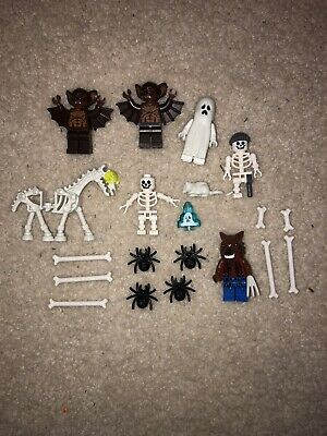 LEGO LOT OF 2 GHOUL MINIFIGURES HALLOWEEN SERIES RANDOM LOT + ACCESSORIES