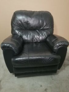 Leather Rocker/Recliner Chair