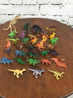 Small Plastic Skeletons (Small Plastic Animals Lot Dinosaurs Large Lot T-Rex Skeleton)