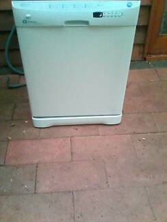 Maytag Dishwasher Can Deliver Good Condition