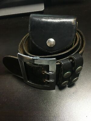 Vintage Safariland Duty Belt Size 42 With Handcuffs -3637