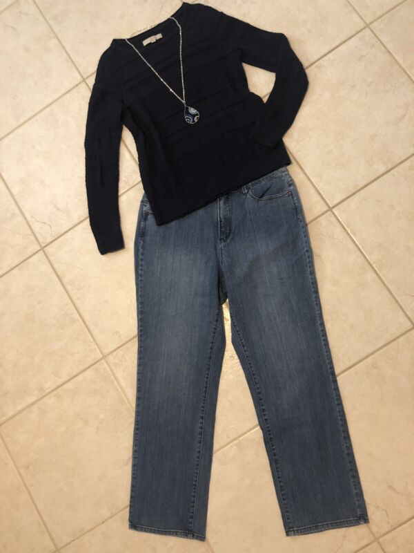 Women's 3 Pc Outfit: (l) Sweater; 16 Jeans. Nwot Necklace. Euc. Lc