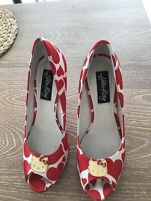 HELLO KITTY Four Inch Peep Toe High Heels With Red Hearts Size 6