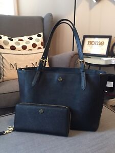 Authentic Tory Burch Tote & Wallet