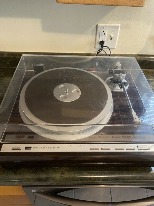 RARE Japanese SANSUI XR-Q7 1981 Rosewood Turn Table Record Player