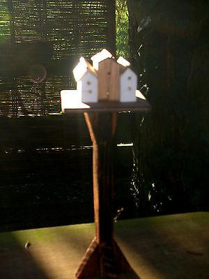 Vogelhäuser auf Ständer ,Winterfütterung/Diorama/Puppenstube/CATRICHEN