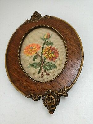 Small Floral Tapestry Wall Hanging Vintage Ornate Wood Oval Frame 24.5x16.5cm GC