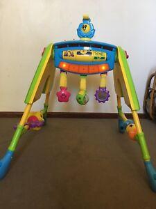 Baby/toddler musical toy