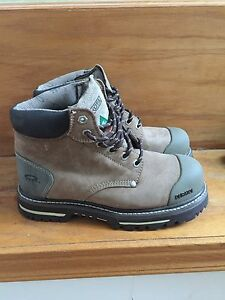 Women's size 9.5 work boots