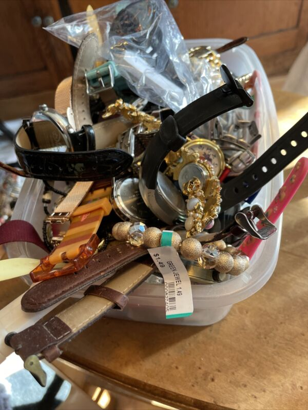 Great 5 1/2 Lbs Lot of Mixed Untested Watches Parts Repair Resale Wear