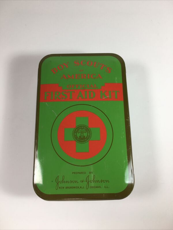 BOY SCOUTS OF AMERICA Official First Aid Kit TIN Johnson & Johnson