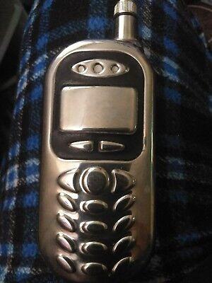 "(4oz Stainless Steel Liquor Hip Flask Screw Cap Cell Phone Design 5"" x 2"" x 3/4"")"