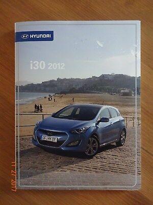 Presseinformation Pressemappe Presskit Hyundai i30 2012