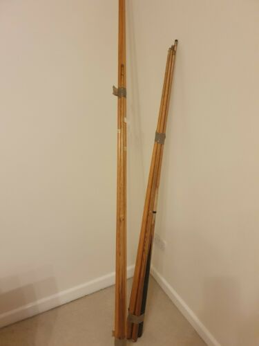 Snooker Cue And Accessories