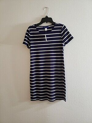 New Style Clothes For Girls (New Simply Styled dress for girls with lines for summer Blue and white size)