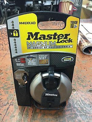 Orgl-3168887-master Lock M40xkad Laminated Shrouded Padlock 38 In Dia 58 In