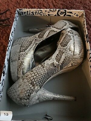 Brash Snakeskin Pump By Payless With Matching Clutch