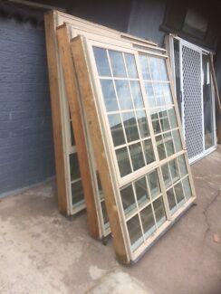Prime rose aluminium awning windows