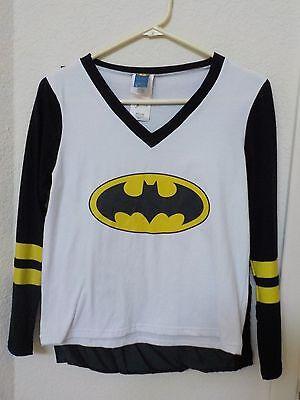 Size Med Rubies Sporty Gal Batman Long Sleeve TShirt Black Cape Halloween Costum](Women's Sporty Halloween Costumes)