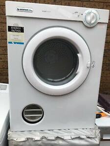 Simpson 39P400M 4kg EZILoader Dryer, excellent condition